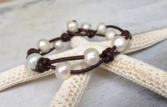 Leather freshwater pearl bracelet by Carolinelenox on Etsy, $40.00