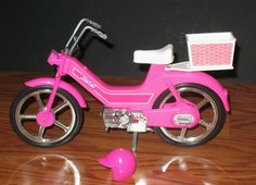 1983 Barbie Hot Pink Moped SCOOTER Motor Bike w/Helmet Bicycle