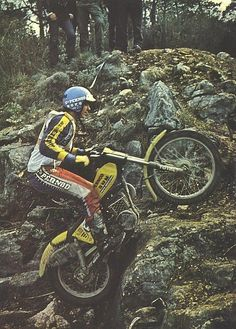 Motos Trial, Trail Motorcycle, Trial Bike, Vintage Motocross, Bmw, Dirt Bikes, Trials, Cars And Motorcycles, Good Times