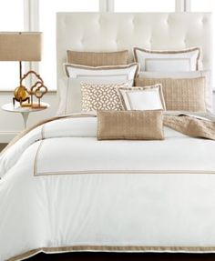 Hotel Collection designed this classic-style comforter with ultra-soft crisp…