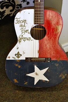 This is a quote from my husband's and my song, Forever and ever, Amen by Randy Travis. This is beautiful! A Texas guitar. Randy Travis, Texas Forever, Loving Texas, Texas Pride, Lone Star State, Let Freedom Ring, Guitar Art, Blue Guitar, Guitar Shelf