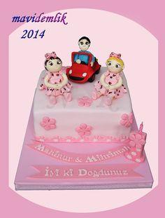 mavi demlik mutfağı- izmir butik pasta kurabiye cupcake tasarım- şeker hamurlu-kur: İKİZLERİN 1 YAŞ PASTASI