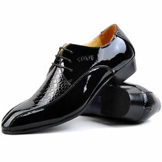 Fashion Black Patent Leather Wedding Prom Dress Oxford Shoes for Men Black Dress Shoes, Blue Shoes, Men's Shoes, Shoe Boots, Mens Fashion Shoes, Fashion Black, Derby, Shiny Shoes, Best Shoes For Men