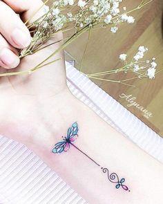 101 Tiny Animal Tattoo Designs For Men And Women - tatoo feminina Word Tattoos, Animal Tattoos, Cute Tattoos, Body Art Tattoos, New Tattoos, Tattoos For Guys, Awesome Tattoos, Tatoos, Flower Tattoos