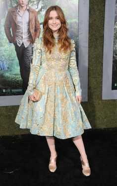 Las mejor vestidas de la semana -  Alice Englert