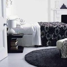 black and white bedroom | Black and White bedroom