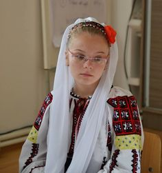 Romanian traditional costumes Part 1 Port national Dress Outfits, Dresses, Traditional Outfits, Character Inspiration, Costumes, Popular, Eastern Europe, Clothes, Women