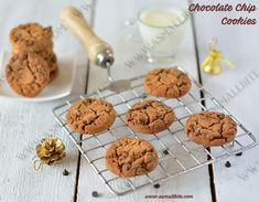 Choco chip cookies recipe / Eggless Chocolate Chip cookies is also called as drop cookies from the US invented by chef Ruth Graves Wakefield in Eggless Cookie Recipes, Eggless Baking, Chip Cookie Recipe, Snack Recipes, Snacks, Choco Chip Cookies, Choco Chips, Chocochip Cookies Recipe, Chocolat Recipe