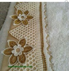 "Havlu kenarı kenar dantel ""This post was discovered by Lal"" Crochet Lace Edging, Crochet Borders, Crochet Squares, Thread Crochet, Love Crochet, Crochet Flowers, Crochet Stitches, Crochet Bedspread, Crochet Curtains"