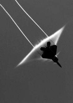 Supersonic ~Repinned Via Joaquín Vazquez Sánchez