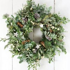 How to: create a Christmas wreath - The White Company Journal
