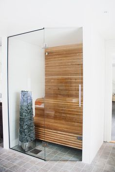 space saving cedar sauna...love Love LOVE THIS!