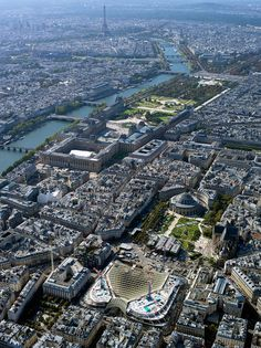 The river Seine with the Eiffel Tower in the far distance - The Louvre Aeria & Les Halles Aeria in the foreground :: Paris Paris Torre Eiffel, Pont Paris, Tour Eiffel, Paris France, Rio Sena, Hotel Des Invalides, Louvre, Paris City, Champs Elysees