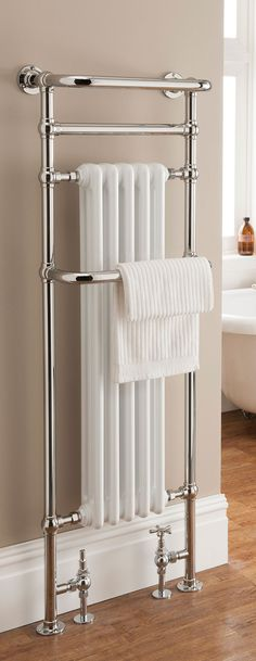 Radiators Buying Guide The Radiator Company – Bathroom Towel Rails – Chalfont Floor Standing New Bathroom Ideas, Bathroom Inspiration, Beige Bathroom, Small Bathroom, Bathroom Pics, Family Bathroom, Bathroom Vanities, Traditional Radiators, Bathroom Ideas