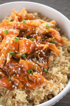 Crockpot Shredded Chicken, Shredded Chicken Casserole, Crockpot Dump Recipes, Crockpot Ideas, Asian Chicken Recipes, Chicken Noodle Recipes, Slower Cooker, Slow Cooker Soup, Delicious Recipes