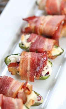 The Ultimate Game-Winning Appetizer Recipes and Super Bowl Food Ideas! Bacon Wrapped Cream Cheese Jalapeños – Eight Game-Winning Appetizer Recipes Cream Cheese Stuffed Jalapenos, Bacon Wrapped Jalapenos, Stuffed Jalapeno Peppers, Jalapeno Bacon, Bacon Appetizers, Appetizer Recipes, Tapas Recipes, Wedding Appetizers, Holiday Appetizers