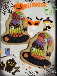 Halloween〜♪ Halloween Biscuits, Halloween Baking, Halloween Desserts, Halloween Treats, Halloween Fun, Holidays Halloween, Thanksgiving Cookies, Fall Cookies, Cute Cookies