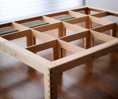Slotted Bed : A simple bed frame assembled from box joints and slots. Luxury Furniture Brands, Furniture Ads, Steel Furniture, Cool Furniture, Plywood Furniture, Furniture Design, Diy Furniture Tutorials, Diy Projects, Kids Bed Frames