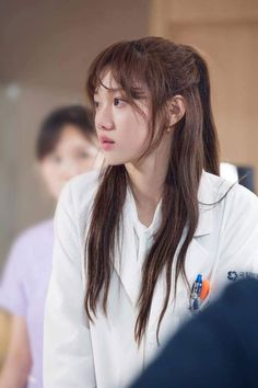 Lee sung Kyung in Kdrama 'Doctors'