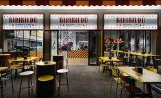 não é look, é lugar :P | Com um design peculiar e altamente gracioso, o restaurante de fast food tem nome de origem basca, já que a palavra Biribildu significa transformar. Projetado por Minas Kosmidis, o espaço de 80 m² com ar de circo e inspiração no antigo carrossel encanta os olhos de qualquer um.