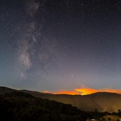 View of the #SoberanesFire last night alongside the Milky Way. As seen from Carmel Valley. #cafire #bigsur #wildfire #milkyway #space #stars #photography #yearinspace #carmel #garrapata #soberanes #carmelvalley #california #galaxy #outsideculture #explorecalifornia #getoutside #getoutstayout #optoutside #rei1440project #calfire #visualsoflife #neverstopexploring