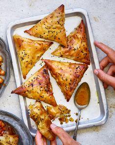Vegan Appetizers, Vegan Snacks, Vegan Dinners, Vegan Foods, South African Recipes, Indian Food Recipes, Ethnic Recipes, Vegan Indian Food, Indian Foods