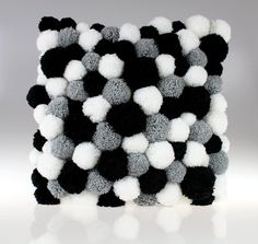 Pom Pom Pom Pom Pillow Handmade Pillow by PomPomMyWorld . - Rug making Handmade Cushions, Diy Pillows, Handmade Rugs, Decorative Pillows, Cushions To Make, Pom Pom Rug, Pom Poms, Pom Pom Cushions, Tapetes Diy