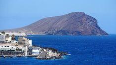 Looking around the #peninsula of #LosAbrigos towards #MountRoja #Tenerife. #IgersTenerife #IgersCanarias #IgersSpain #IgersEspaña #Spain #Espana #CanaryIslands #architecture #art #culture #geography #travel #tourism #tourist #leisure #life #mountain #Roja #geology #urban #urbano #holiday #vacation #Atlantic #Ocean