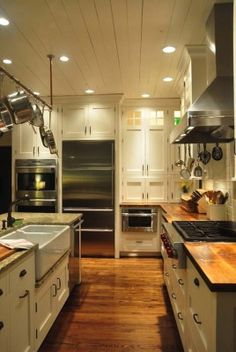 Farmhouse Style Kitchen-03-1 Kindesign
