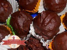 Τρούφες ινδοκάρυδου με πορτοκάλι και μαύρη σοκολάτα – Γλυκές Διαδρομές Sweet Pastries, Cookies, Chocolate, Desserts, Food, Sweets, Crack Crackers, Tailgate Desserts, Deserts