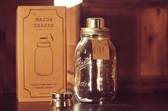 W&P design mason jar shaker