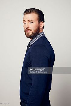 Chris Evans poses during the The 41st Annual People's Choice Awards at Nokia Theatre LA Live on January 7, 2015 in Los Angeles, California..