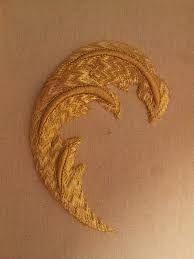 Resultado de imagen de bordado en oro cartulina