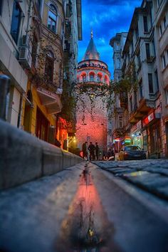 Galata Tower-Istanbul By Yaşar Koç – Gaye Yeşiltepe – Join the world of pin Istanbul City, Istanbul Travel, Places Around The World, Around The Worlds, Wonderful Places, Beautiful Places, Turkey Travel, City Photography, Antalya