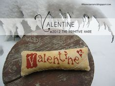 A small freebie dedicated to all my 'Christmas for a year SAL' friends and also to all of you :-) Tina asked me to design a small 'Valentine...