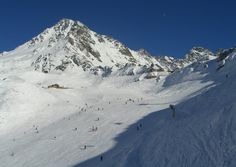 SKIING. Skiing in Verbier Weekend Deals, Travel Guide, Mount Everest, Skiing, London, Mountains, Places, Nature, Switzerland