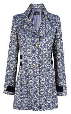 Abrigo Basel estampado. #Otoño #Fall #Moda #Fashion #Abrigo #Coat #Print #Estampado #Frío #Estilo