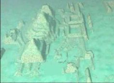 A series of submerged structures discovered off the Cuban coast in 2001 captured the imaginations of archaeologists, researchers and Atlantis-hunters worldwide. Found by a company doing surveying work, the sonar images have shown symmetrical and geometric structures that covers an area of 200 ha (almost 2 square km) at depths between 2,000 and 2,460 feet (± 700 m).