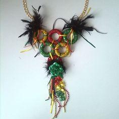 Collar de #garabato para lucir en el #carnavaldebarranquilla2014 #guacherna#celebration#fashion#accesorios