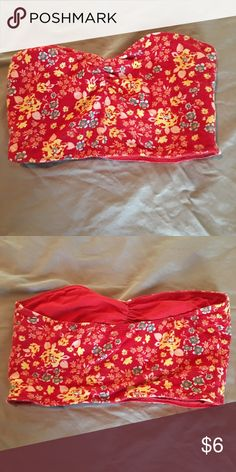 PacSun Reversible Bandeau Bra Red, floral, cotton and stretchy bandeau bra / crop top. Sweetheart neck. Worn twice. Nollie Intimates & Sleepwear Bandeaus