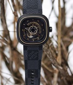 Thank God it's SevenFriday! Custom Louis V strap by @combat_straps to improve this awesome watch. #thewatchkings #watchkings #dailywatch #watches #rolex #hublot #audemarspiguet #patekphilippe #sevenfriday #ulyssenardin #richardmille #breitling #panerai #iwc #omega #tourbillon #watchesofinstagram #watchaddict by thewatchkings