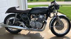 Stunning scrambler motorcycle projects - check out our guide for a lot more tips! Cafe Racer For Sale, Custom Cafe Racer, Cafe Racer Build, Scrambler Custom, Cafe Racer Motorcycle, Dirt Track Racing, Drag Racing, Cb750 Honda, Bike Shipping