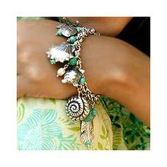 Sterling Silver 'Open Sea' Freshwater Pearl Bracelet (6 mm) (Thailand)