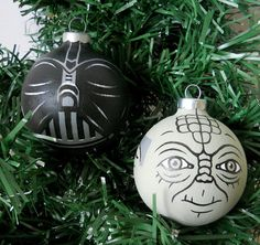 Etsy Wednesday: 11 Delightfully Nerdy Ornaments for Your Christmas Tree