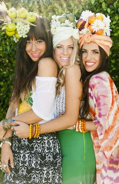 24 Group Halloween Costume Ideas Perfect for Your Sorority Sisters: Chiquita Banana Girl Imitation Pool Party Outfits, Bar Outfits, Vegas Outfits, Birthday Outfits, Club Outfits, Birthday Dresses, Havanna Party, Best Group Halloween Costumes, Diy Halloween