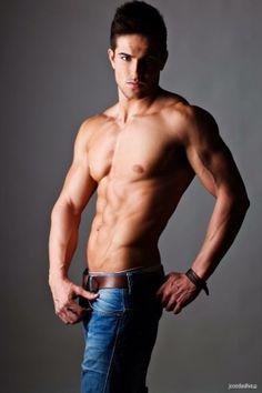 Mario Hervás López | Jose DaSilva | #jeans #guapo