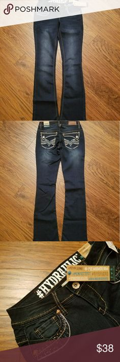 HYDRAULIC Bailey Low Rise Sz 3/4 BNWT / SZ 3-4 / 32 in Inseam  24/25 in waist for Sz 3/4  HYDRAULIC #MYFAVJEANS Dark Wash Bootcut Jeans  I love this material!! 50% Cotton 22% Rayon  26.5% Poly 1.5% Spandex  Gorgeous Stud detailing!  #PERFECTFIT, # PREMIUMDENIM, #HYDRAULICGIRL, #DENIMOBSESSED  Bundle and Save  Please chk out my other listings  Thank you  Adding lots of new items!   ~~~ Lots of VS PINK, Boutique Clothing, High end makeup, Shoes, Boots, etc & so much more to list!!! So please…