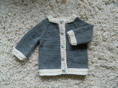 Knitted with bamboo cotton yarn, very soft and excellent for babies sensitive skin. Simple but cute with bamboo buttons. Knit Baby Sweaters, Knitted Baby, Baby Knitting, Knit Crochet, Gray Cardigan, Sweater Cardigan, Baby Boy, Grey, Boys