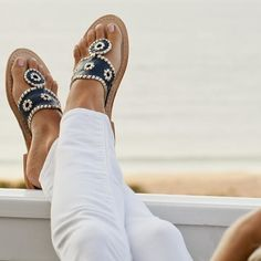 Navy & white Jack Rogers sandals with white jeans Crazy Shoes, Me Too Shoes, Preppy Style, Style Me, Baskets, Palm Beach Sandals, Beach Feet, Summer Sandals, Jack Rogers