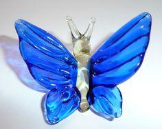 Bright Blue Glass Butterfly Figurine от WeAreLuckyShop на Etsy